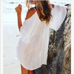Solitaire Cold Shoulder Crochet Cover-Up